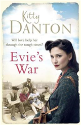 Evie\'s War: A charming and captivating wartime saga